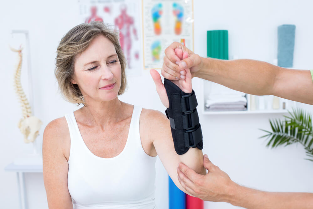 Treat Carpal Tunnel Without Surgery