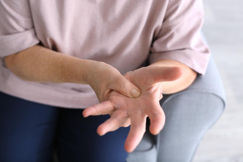 what is the best treatment for arthritis in the hands?